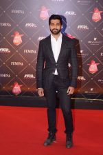Akshay Oberoi at Femina Beauty Awards 2018 on 15th Feb 2018 (42)_5a8668b723e03.JPG