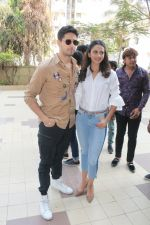 Sidharth Malhotra, Rakulpreet Singh at the launch of Carnival cinema Lounge in carnival cinema, Andheri on 16th Feb 2018 (5)_5a883ce4caeae.JPG