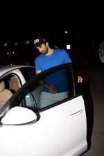 Aditya Roy Kapoor Spotted At Pvr on 18th Feb 2018 (14)_5a894ded05464.JPG
