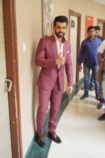 Jay Bhanushali On the Sets Of Super Dancer Chapter 2 on 19th Feb 2018 (149)_5a8bdec698b9c.JPG