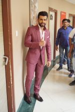 Jay Bhanushali On the Sets Of Super Dancer Chapter 2 on 19th Feb 2018 (150)_5a8bdec8e35dd.JPG