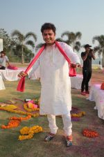 Sukhwinder Singh On Location Shoot of Holi Song Rango Ka Atom Boom on 20th Feb 2018 (40)_5a8d38ab2188a.JPG
