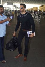 Upen Patel Travelling To Chennai For His Film Shooting on 1st March 2018 (14)_5a97f4c389b22.JPG