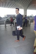 Upen Patel Travelling To Chennai For His Film Shooting on 1st March 2018 (20)_5a97f4cfa9715.JPG