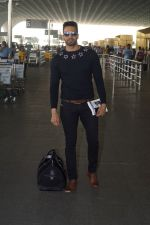 Upen Patel Travelling To Chennai For His Film Shooting on 1st March 2018 (7)_5a97f4b31b8b9.JPG