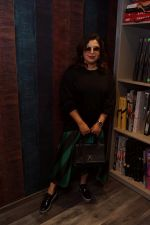 Farah Khan Inaugurating Marshalls 15th Showroom  (19)_5a983eaaf0a4b.JPG