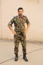 John Abraham during the promotional shoot for the film Parmanu at Mehboob studio, Bandra (13)_5a98359a5eb5a.JPG