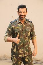 John Abraham during the promotional shoot for the film Parmanu at Mehboob studio, Bandra (21)_5a9835a8d349e.JPG