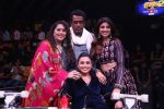 Rani Mukherjee on the sets of Super Dancer Chapter 2 at filmcity in mumbai (4)_5a980a59338a8.JPG