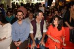 Aamir Khan, Rajkumar Hirani, Anupama Chopra at the book launch of Manjeet Hirani_s book titled _How to be Human - Life lessons by Buddy Hirani_ in Title Waves, Bandra, Mumbai on 5th March 2018 (18)_5a9e37ce1e9f5.JPG