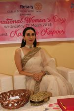 Karisma Kapoor Honoured With Extraordinary Women Award on 7th March 2018 (32)_5aa0c3a09fe2d.JPG