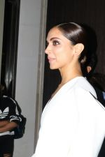 Deepika Padukone at Hello Hall of Fame Awards in st regis in mumbai on 12th March 2018 (102)_5aa7736226776.JPG