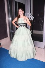 Kanika Kapoor at Hello Hall of Fame Awards in st regis in mumbai on 12th March 2018 (123)_5aa773b694fec.JPG