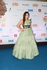 Kanika Kapoor at Hello Hall of Fame Awards in st regis in mumbai on 12th March 2018 (131)_5aa773c07f069.JPG