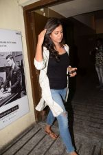 Ishita Dutta Spotted At Pvr Juhu on 13th March 2018 (2)_5aa8bb7d389e9.JPG