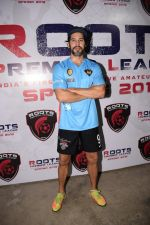 Dino Morea at Roots Premiere League Spring Season 2018 For Amateur Football In India on 14th March 2018 (133)_5aaa1332e89a8.jpg