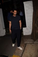 Arjun Rampal Spotted Korner House on 19th March 2018 (3)_5ab0c6d896064.JPG