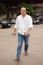Ashutosh Gowariker at the Prayer meet of Narendra Jha in Iskon juhu in mumbai on 18th March 2018 (3)_5ab0afd25816b.JPG