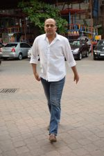 Ashutosh Gowariker at the Prayer meet of Narendra Jha in Iskon juhu in mumbai on 18th March 2018 (4)_5ab0afd5ad43f.JPG