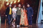 Tiger Shroff, Disha Patani, Chitrangada Singh, Marzi Pestonji, Siddharth Anand On Sets Of DiD Little Master on 18th March 2018