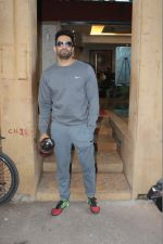 Upen Patel Spotted At GYM in Bandra on 21st March 2018 (18)_5ab345e609ccf.JPG