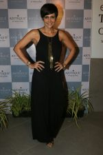 Mandira Bedi at the Launch Of New Luxury Jewellery Store Azotiique By Varun Raheja on 22nd March 2018 (27)_5ab4a3b7330b1.JPG