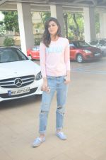 Kriti Sanon spotted At Juhu For Shoot Of Miss Malini Show on 23rd March 2018 (41)_5ab5f01f085ad.JPG