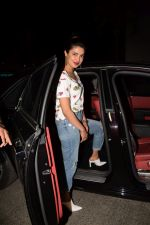 Priyanka Chopra spotted at Yautcha bkc in mumbai on 23rd March 2018 (4)_5abb376b2f664.JPG