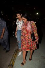 Priyanka Chopra, Arpita Khan spotted at Yautcha bkc in mumbai on 23rd March 2018 (25)_5abb3771ab318.JPG
