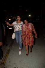 Priyanka Chopra, Arpita Khan spotted at Yautcha bkc in mumbai on 23rd March 2018 (29)_5abb377c5fbcf.JPG