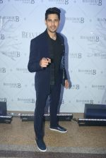 Sidharth Malhotra at Belvedere Studio on 23rd March 2018(65)_5abb370ea83ee.JPG