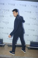 Sidharth Malhotra at Belvedere Studio on 23rd March 2018(68)_5abb3715a9915.JPG