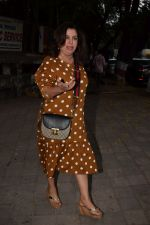 Farah Khan spotted at kromakay salon in juhu, mumbai on 28th March 2018 (1)_5abc914c392b6.JPG