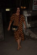 Farah Khan spotted at kromakay salon in juhu, mumbai on 28th March 2018 (4)_5abc91428922f.JPG