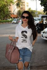 Ameesha Patel spotted at kromakay salon in juhu, mumbai on 29th March 2018 (10)_5abde20fd9b92.JPG