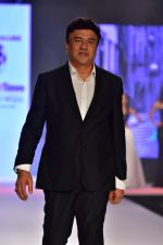Anu Malik at Bombay Times Fashion Week in Mumbai on 30th March 2018 (34)_5abf415fed85c.JPG