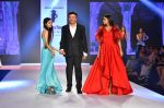 Anu Malik, Ada Malik at Bombay Times Fashion Week in Mumbai on 30th March 2018 (34)_5abf416b16061.JPG