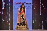 Pooja Chopra Showstopper For Designer Shaina N.C At Bombay Times Fashion Week on 30th March 2018 (62)_5abf42826a487.JPG