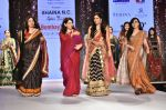Pooja Chopra Showstopper For Designer Shaina N.C At Bombay Times Fashion Week on 30th March 2018 (65)_5abf428723435.JPG