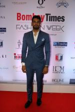 Upen Patel at Bombay Times Fashion Week in Mumbai on 30th March 2018  (11)_5abf42f92a540.jpg