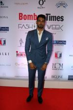 Upen Patel at Bombay Times Fashion Week in Mumbai on 30th March 2018  (13)_5abf42fcce951.jpg