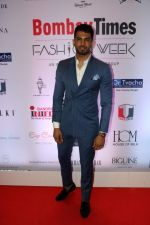 Upen Patel at Bombay Times Fashion Week in Mumbai on 30th March 2018  (8)_5abf42f00aaac.jpg