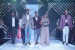 Anita Hassanandani & Rohit Reddy Showstopper For Designer Asif Merchant (Horra) At Bombay Times Fashion Week on 1st April 2018 (21)_5ac242e39ee40.JPG
