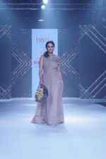 Anita Hassanandani Showstopper For Designer Asif Merchant (Horra) At Bombay Times Fashion Week on 1st April 2018 (19)_5ac24340abd3f.JPG