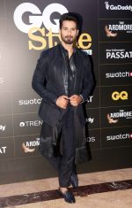 Shahid Kapoor at GQ Style Awards 2018 at Taj Lands End bandra , mumbai on 31st March 2018 (32)_5ac23d36cbf0a.JPG
