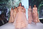 Vijaya Sharma Showstopper For Designer Kalki At Bombay Times Fashion Week on 1st April 2018 (8)_5ac246476d747.JPG