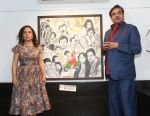 Shatrughan Sinha Inaugurates The Art Exhibition Of Sangeeta Babani At Jehangir Art Gallery on 4th April 2018 (18)_5ac5cf3d91fea.jpg