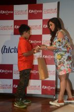 __Rani Mukherjee felicitates the winners of the Camlin-Hichki contest with Camlin gift Hampers as well as promoting her new movie Hichki with a special meet _and_ greet with _k_ids at Kidzania, R city mall on 4th April  ( (10)_5ac5ceba9a1d4.JPG