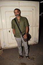 Abhinay Deo at the Screening Of Movie Black Mail At Sunny Super Sound on 6th April 2018 (30)_5ac9a2b747f47.JPG