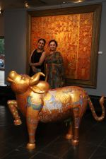 Kalpana Shah& Seema Kohli at the inauguration of Seema Kohli Art Show What A Body Remembers on 6th April 2018 (2)_5ac98ec99d0b3.JPG